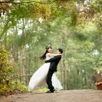 The Most Memorable Wedding Photo Poses You Should Try on Your Big Day