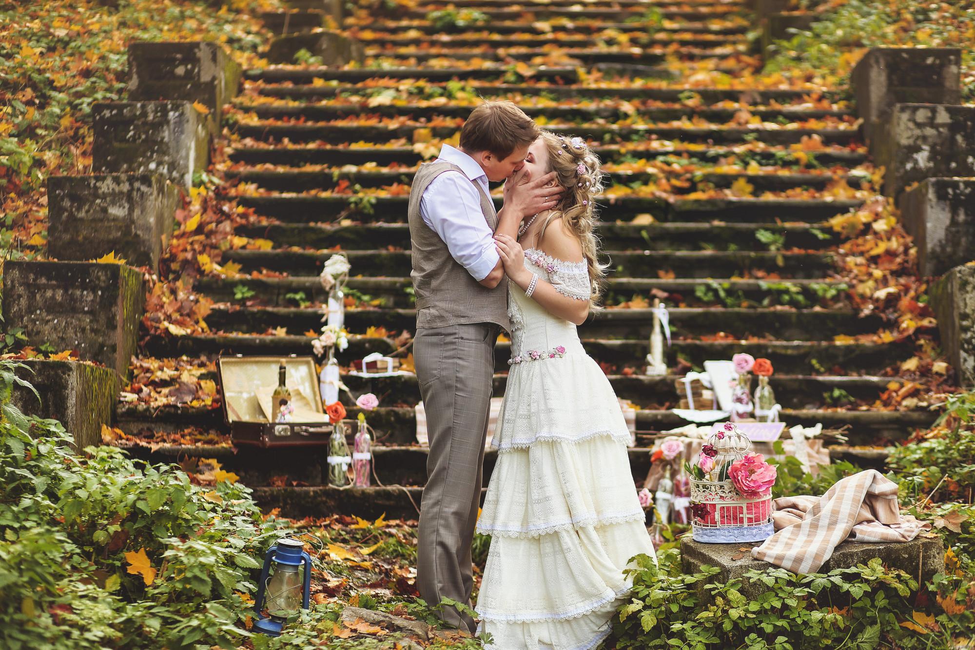 Vintage-Themed Wedding
